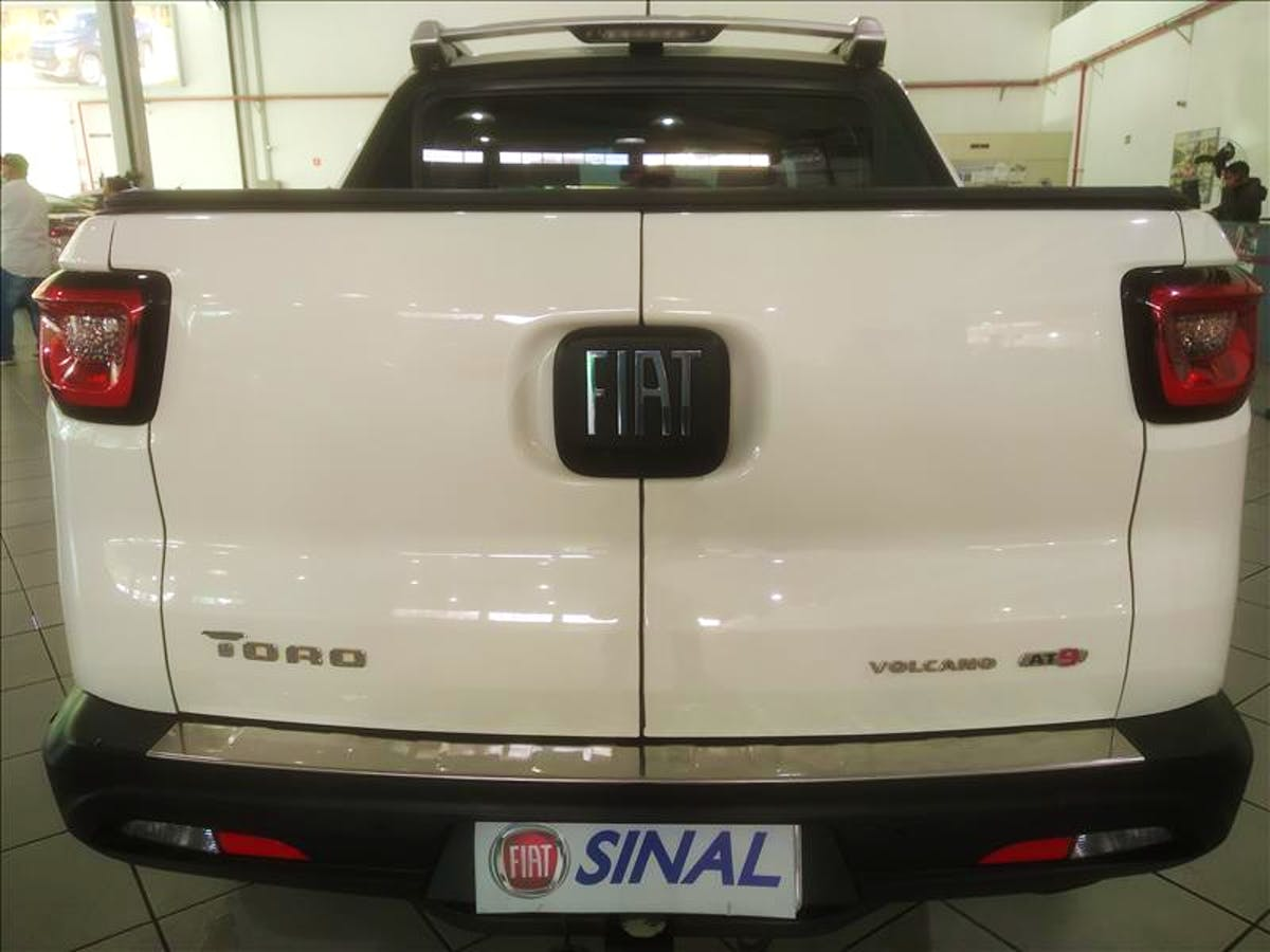 FIAT TORO 2.0 16V Turbo Volcano 4WD 2019/2020 - Foto 6
