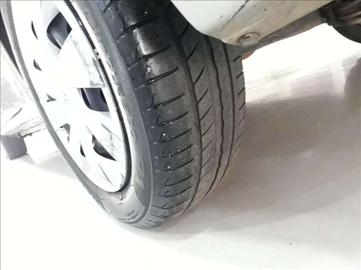 TOYOTA ETIOS 1.5 XS Sedan 16V 2017/2018 - Foto 10