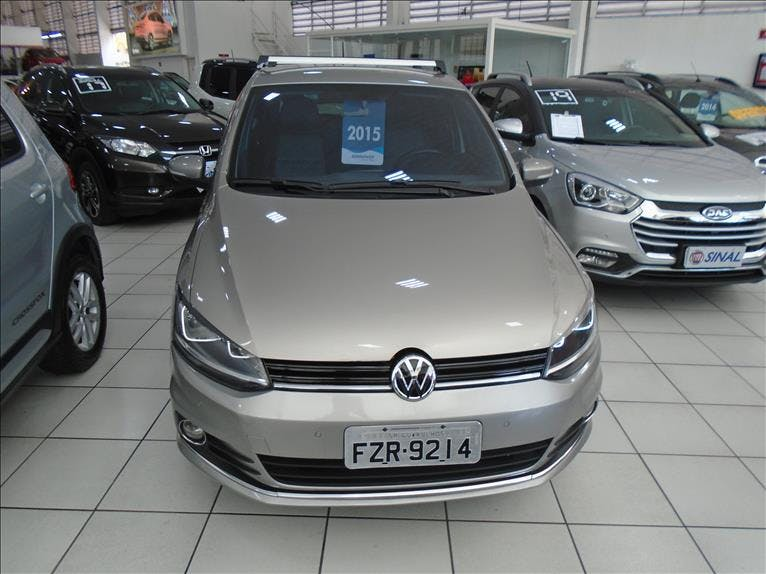 VOLKSWAGEN FOX 1.6 MI Highline 8V 2015/2015