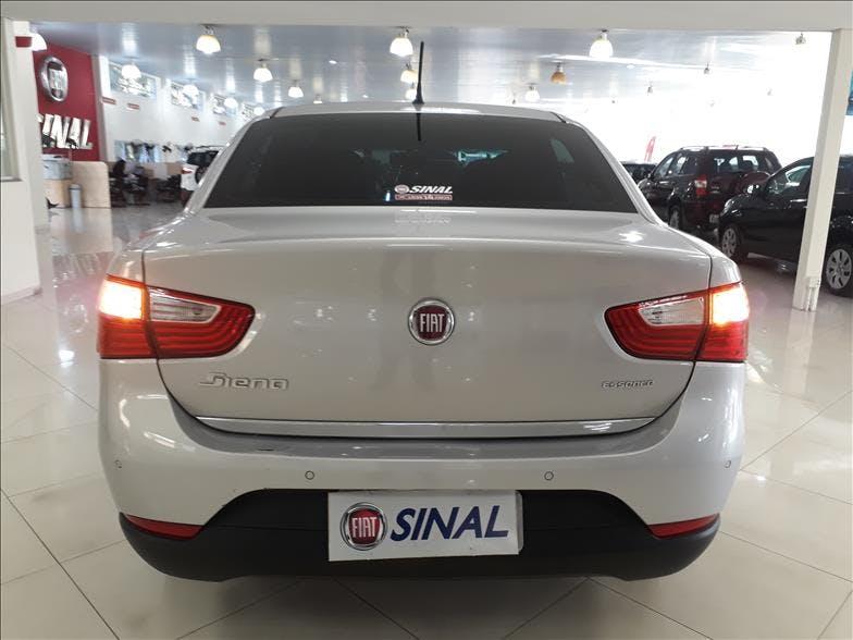 FIAT GRAND SIENA 1.6 MPI Essence 16V 2016/2017 - Thumb 6