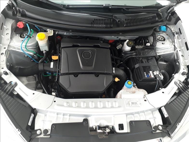 FIAT GRAND SIENA 1.6 MPI Essence 16V 2016/2017 - Foto 15