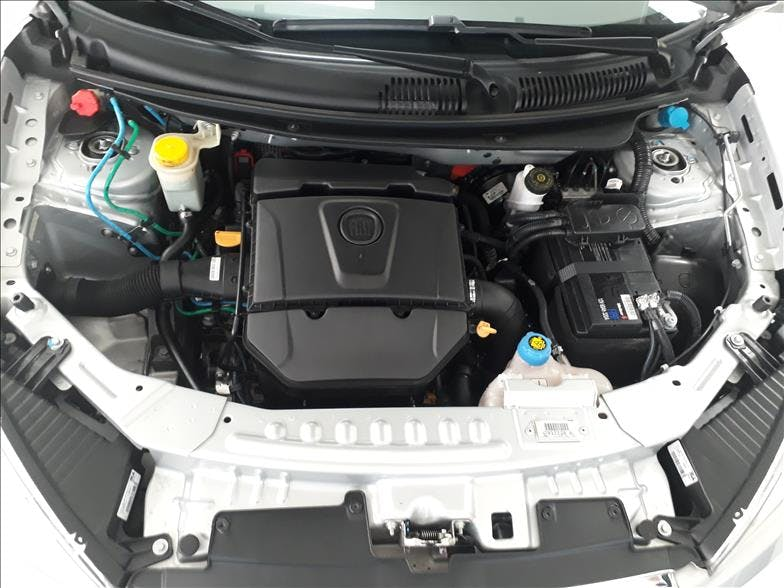 FIAT GRAND SIENA 1.6 MPI Essence 16V 2016/2017 - Thumb 15