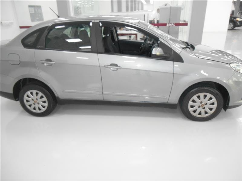 FIAT GRAND SIENA 1.4 MPI Attractive 8V 2013/2013 - Foto 4