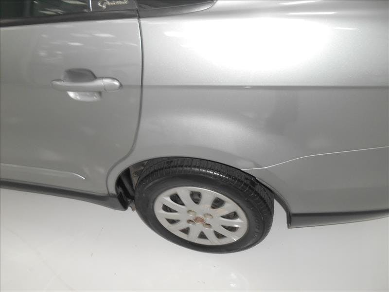 FIAT GRAND SIENA 1.4 MPI Attractive 8V 2013/2013 - Foto 7