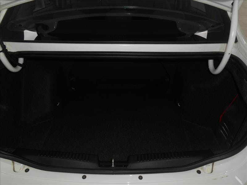 FIAT GRAND SIENA 1.6 MPI Essence 16V 2015/2016 - Foto 8