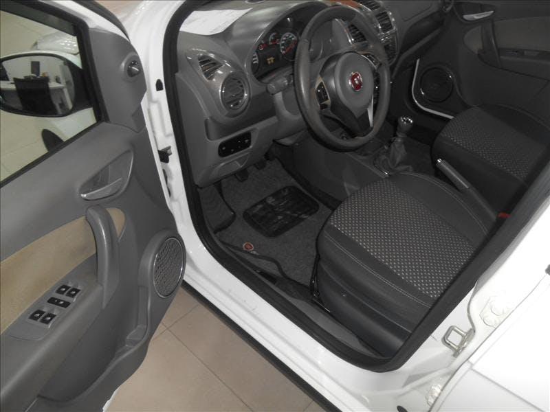 FIAT GRAND SIENA 1.6 MPI Essence 16V 2015/2016 - Thumb 14