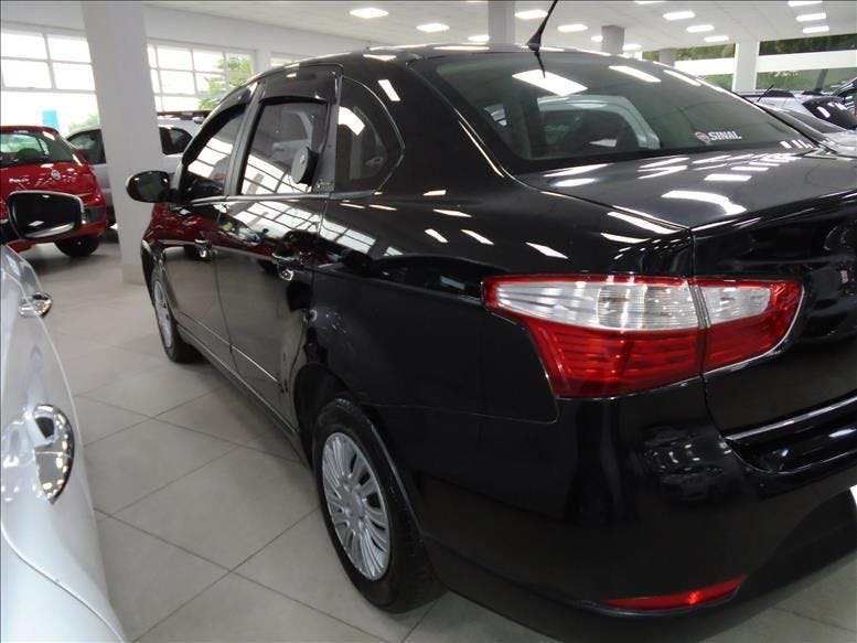 FIAT GRAND SIENA 1.4 MPI Attractive 8V 2012/2013 - Thumb 8