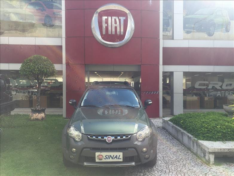 FIAT STRADA 1.8 MPI Adventure Locker CD 16V 2013/2014
