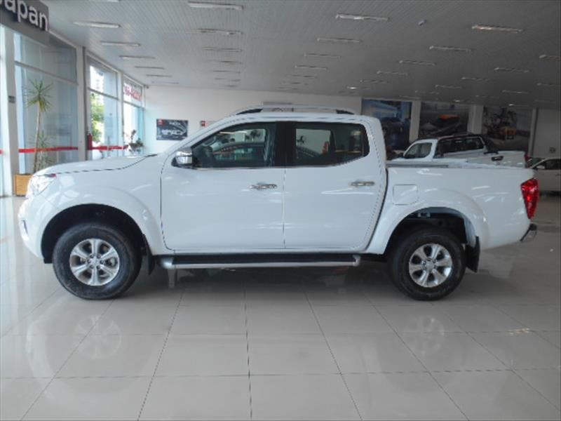 NISSAN FRONTIER 2.3 16V Turbo LE CD 4X4 2018/2018 - Thumb 3