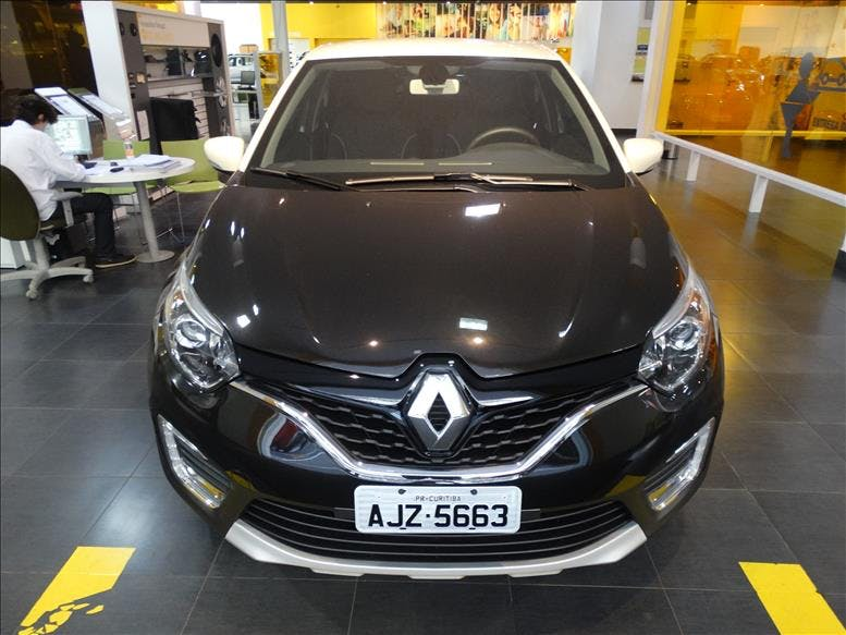 RENAULT CAPTUR 2.0 16V Intense 2018/2019 - Thumb 2