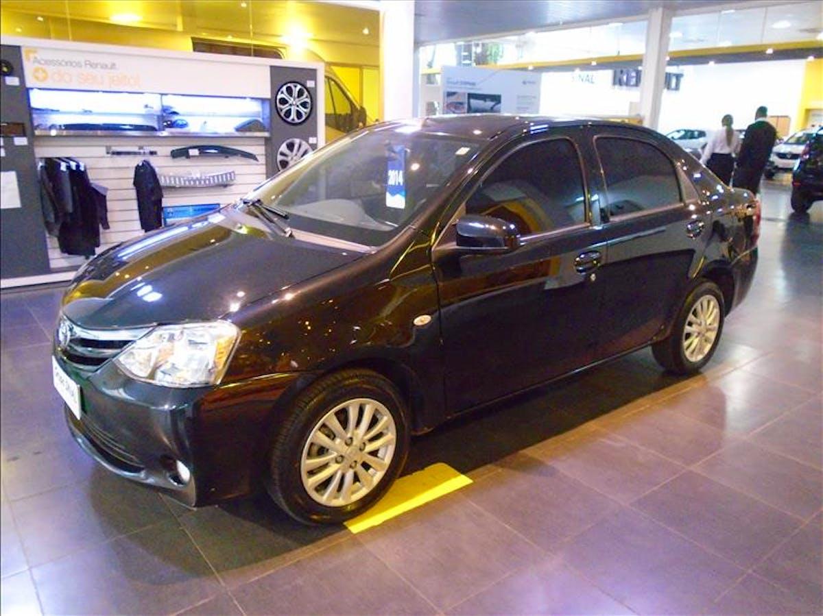 TOYOTA ETIOS 1.5 XLS Sedan 16V 2014/2014
