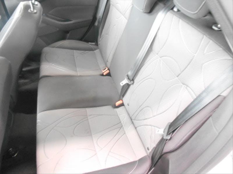 FORD FOCUS 1.6 SE Hatch 16V 2013/2014 - Thumb 8