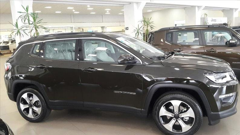 JEEP COMPASS 2.0 16V Longitude 2019/2019 - Foto 4