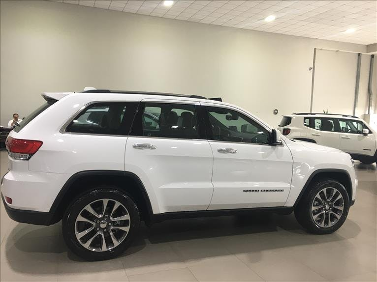 JEEP GRAND CHEROKEE 3.6 Limited 4X4 V6 24V 2018/2018 - Foto 4