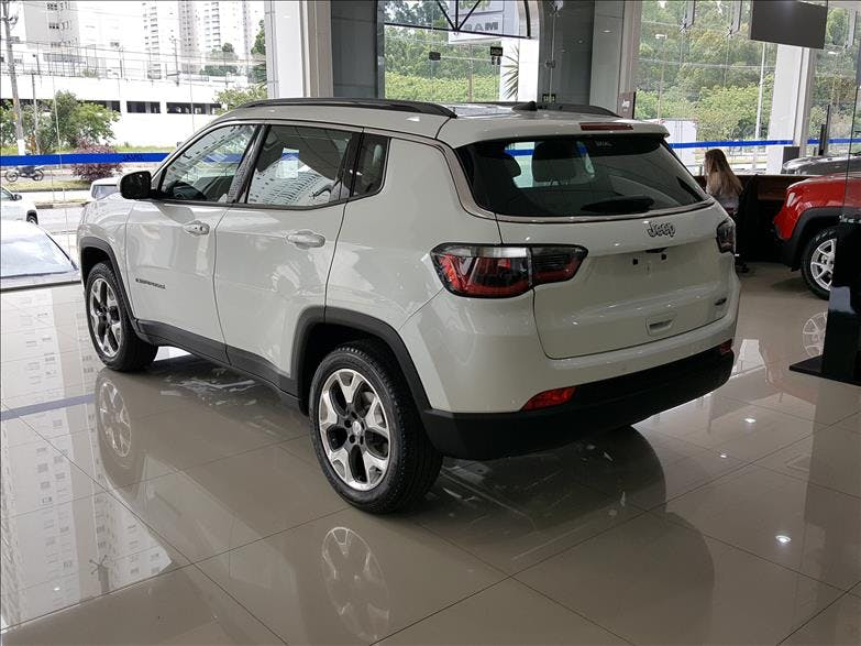 JEEP COMPASS 2.0 16V Longitude 2018/2019 - Foto 11