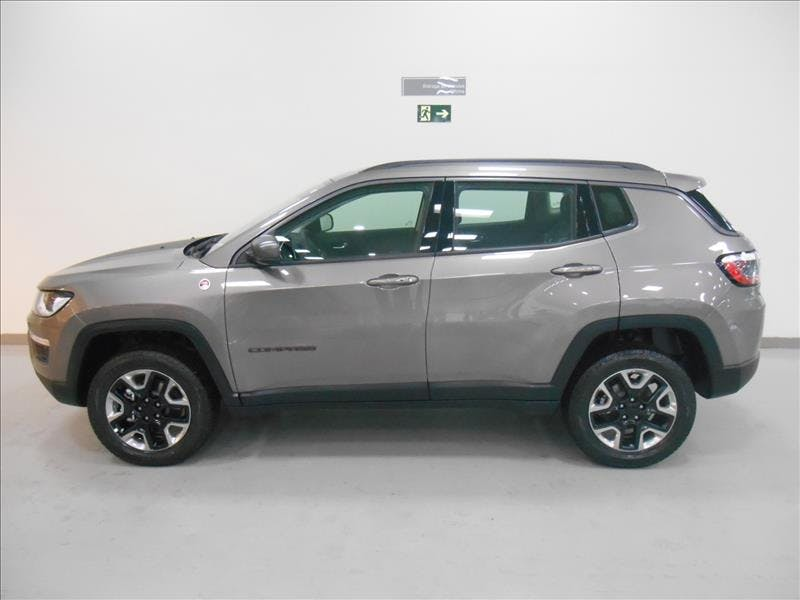 JEEP COMPASS 2.0 16V Trailhawk 4X4 2018/2018 - Foto 3