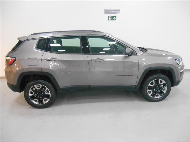 JEEP COMPASS 2.0 16V Trailhawk 4X4 2018/2018 - Foto 4