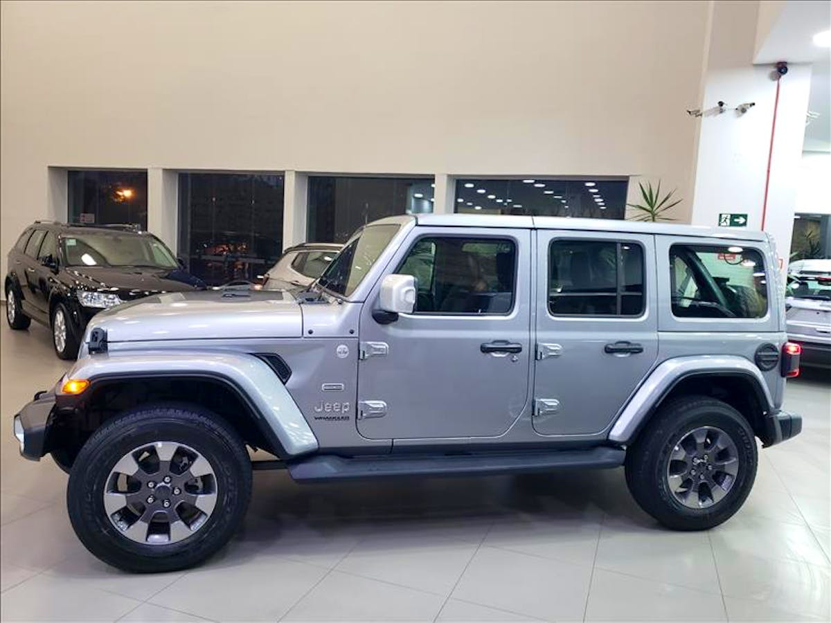 JEEP WRANGLER 2.0 Turbo Unlimited Overland 4X4 AT8 2019/2020 - Foto 3
