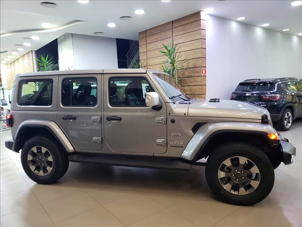 JEEP WRANGLER 2.0 Turbo Unlimited Overland 4X4 AT8 2019/2020 - Foto 4