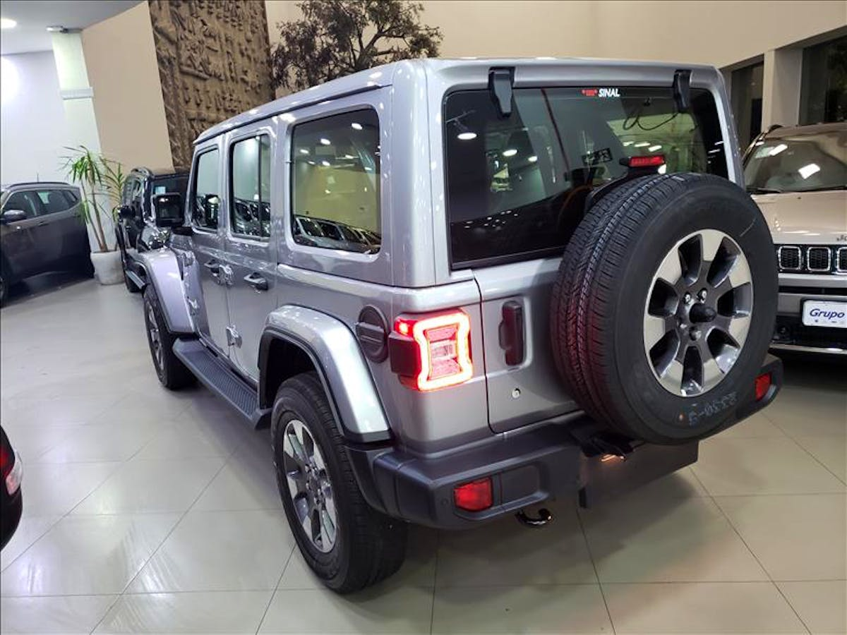 JEEP WRANGLER 2.0 Turbo Unlimited Overland 4X4 AT8 2019/2020 - Foto 12