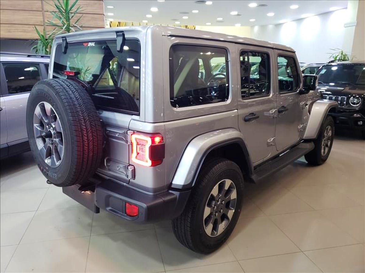 JEEP WRANGLER 2.0 Turbo Unlimited Overland 4X4 AT8 2019/2020 - Foto 13