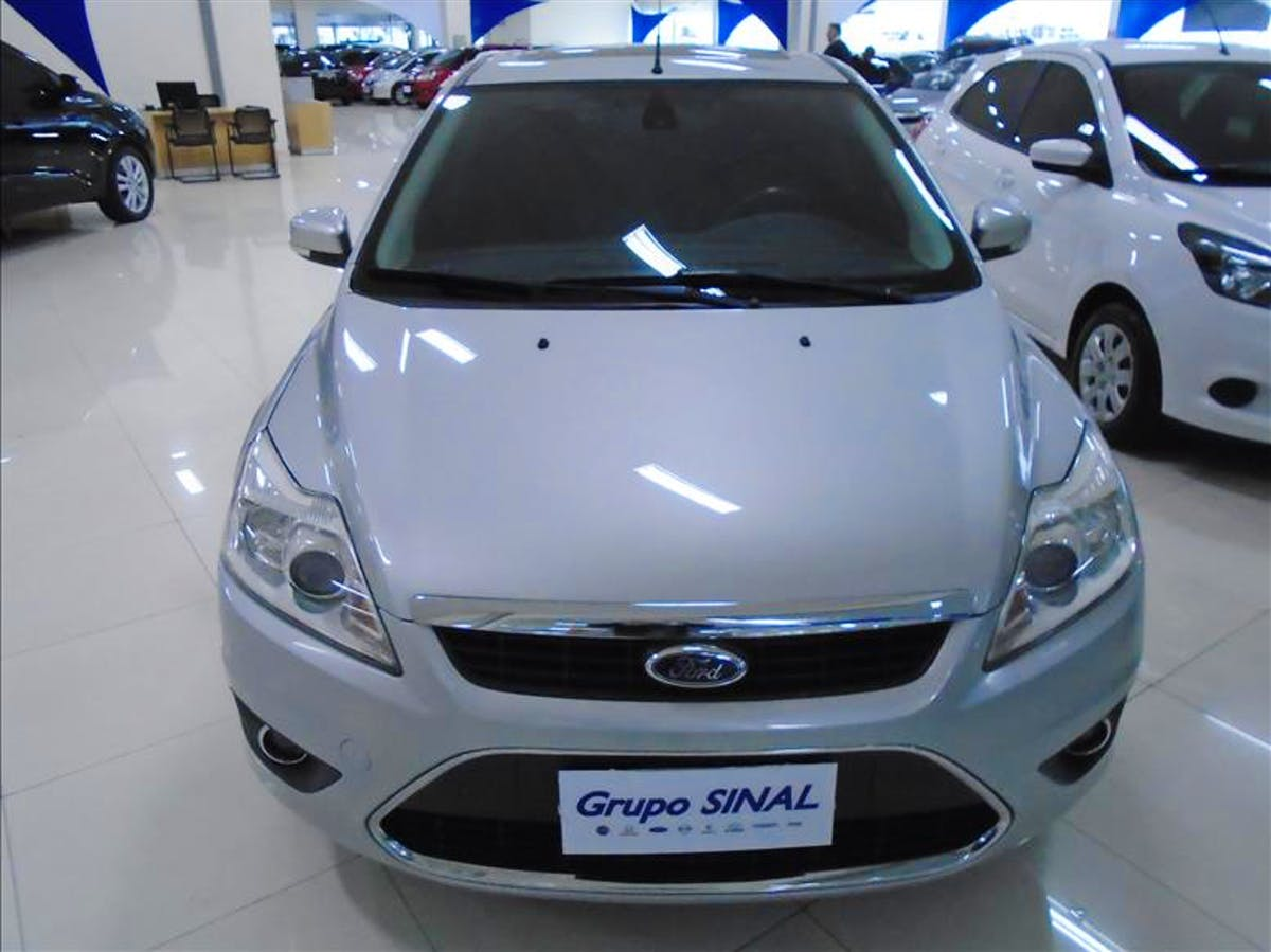 FORD FOCUS 2.0 Titanium Hatch 16V 2011/2012