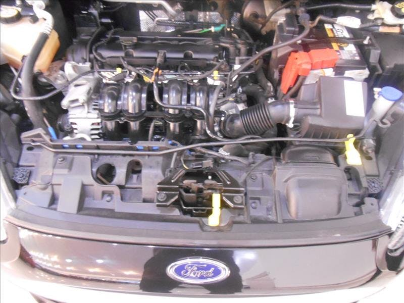 FORD FIESTA 1.5 S Hatch 16V 2014/2014 - Thumb 12
