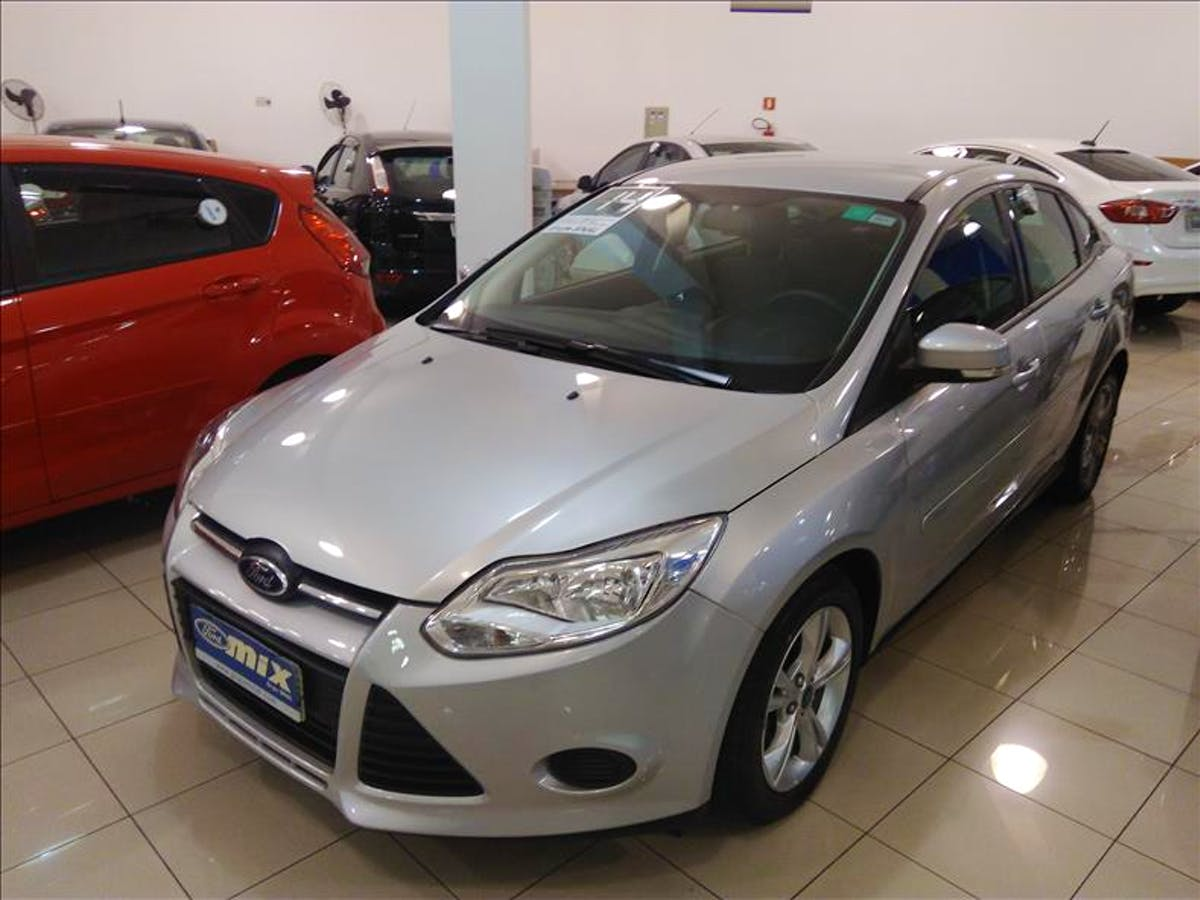 FORD FOCUS 2.0 SE Sedan 16V 2013/2014 - Foto 1