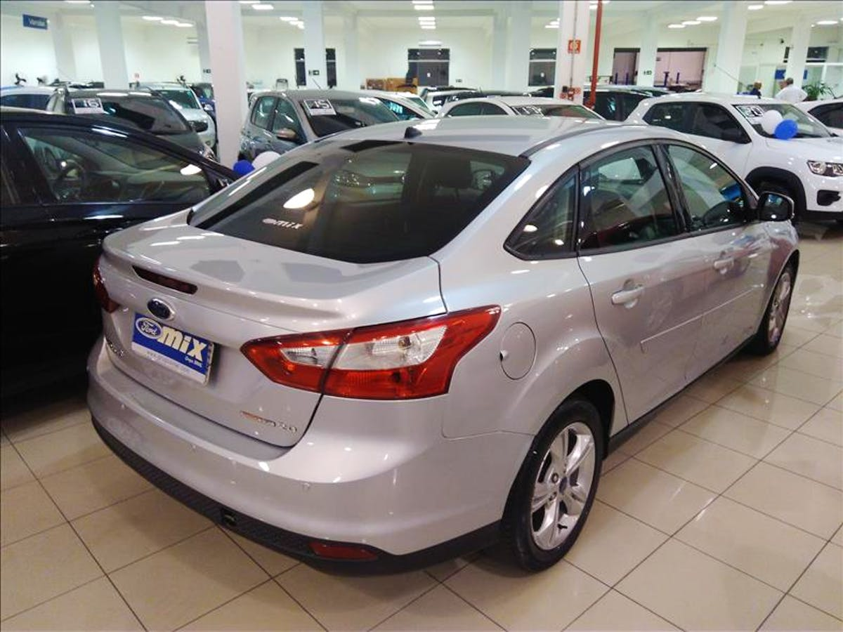 FORD FOCUS 2.0 SE Sedan 16V 2013/2014 - Foto 7