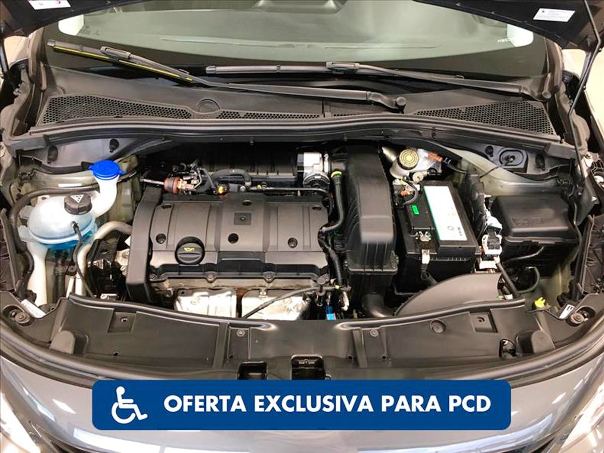 PEUGEOT 2008 1.6 16V Allure Pack 2021/2022 - Foto 7